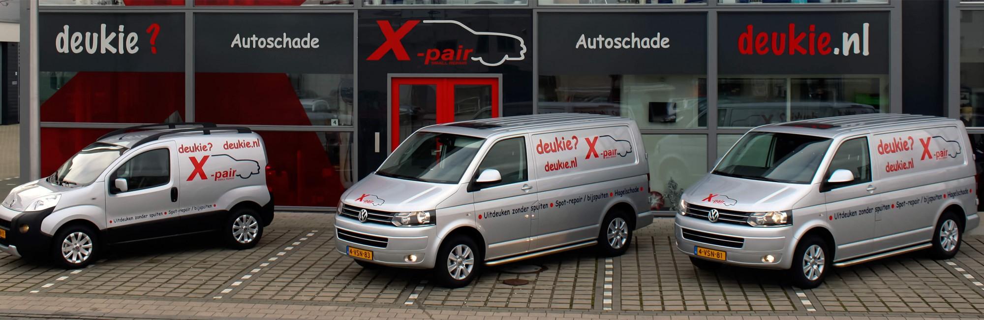 Illustratie: foto van de voorgevel van het bedrijfspand van X-Pair Autoschade in Naaldwijk.